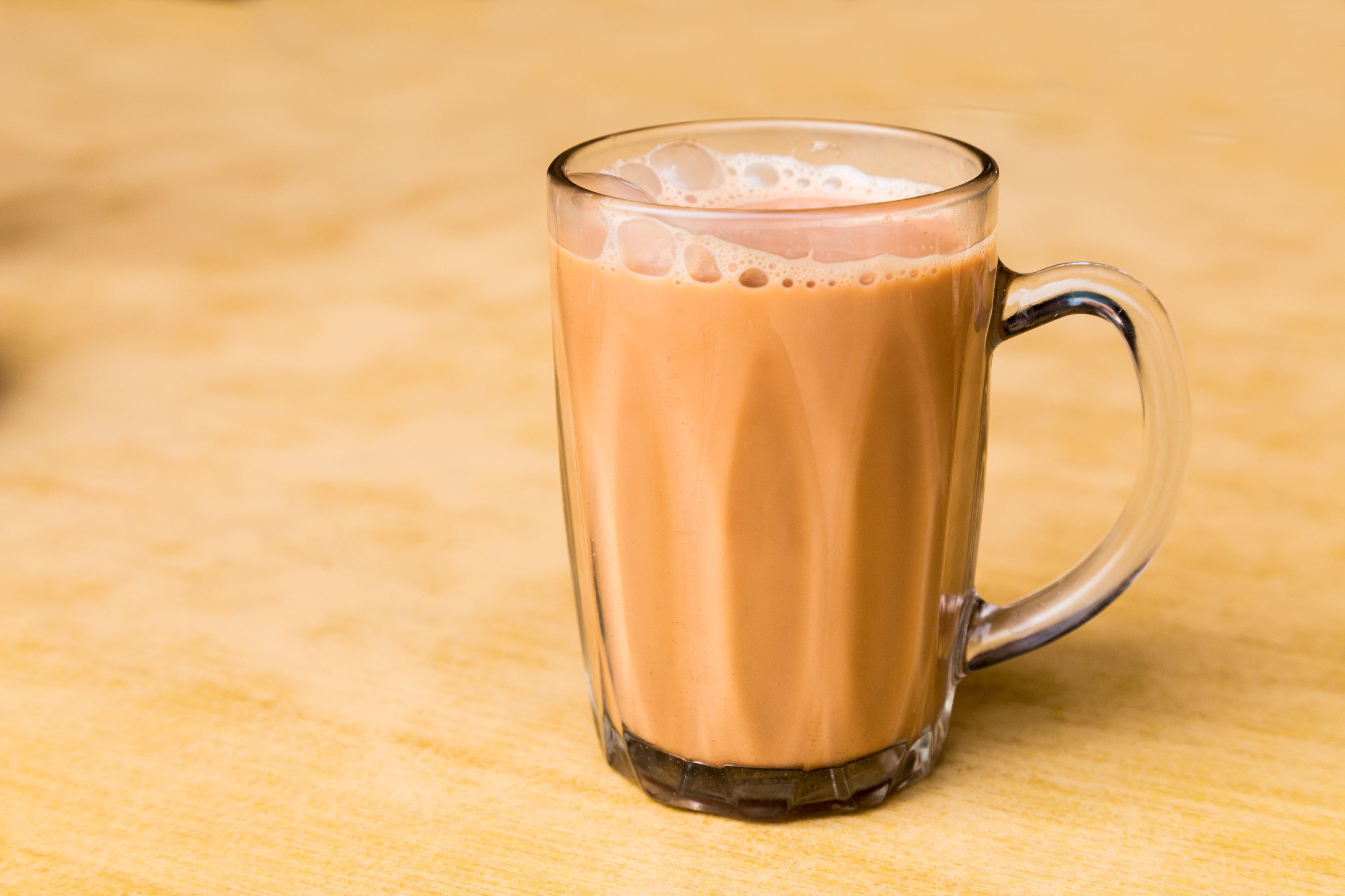一杯熱奶茶